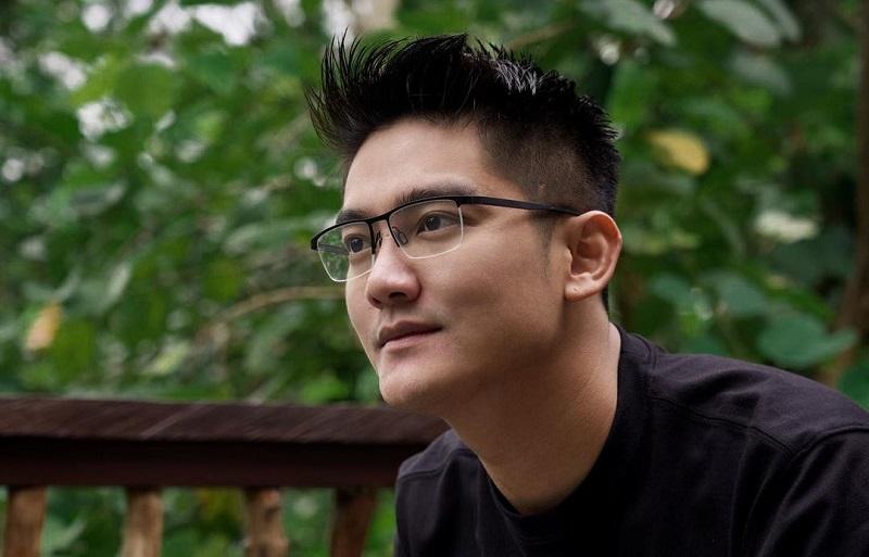 https: img.okezone.com content 2020 11 14 598 2309696 alasan-di-balik-terpilihnya-boy-william-jadi-host-di-indonesian-idol-special-season-aicIuvGMmv.jpg