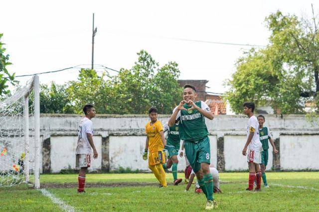https: img.okezone.com content 2020 11 14 620 2309535 timnas-indonesia-u-19-diperkuat-pemain-eks-klub-spanyol-o4pVaMp7QV.jpg