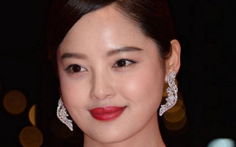 https: img.okezone.com content 2020 11 15 611 2309822 beautypedia-apa-itu-facial-wash-o86OXCPe1k.jpg