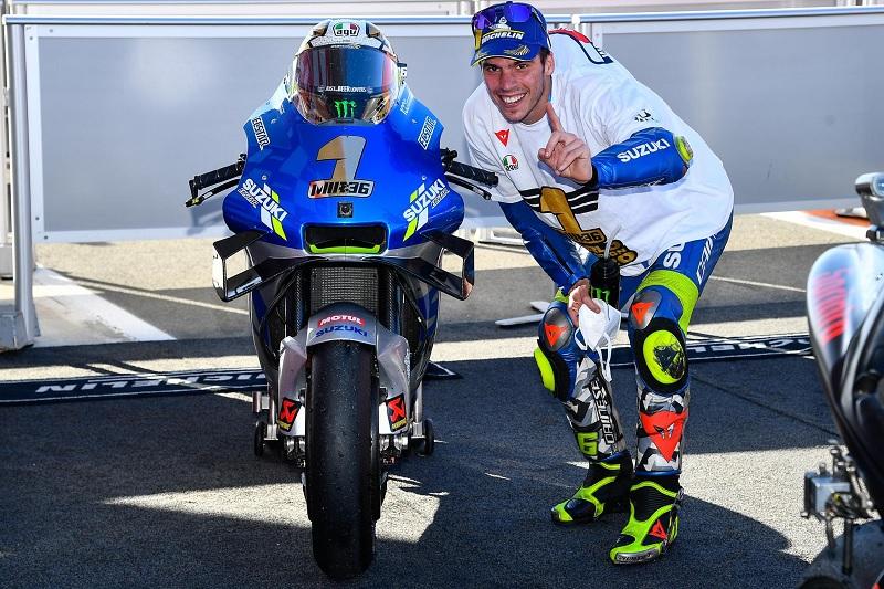 https: img.okezone.com content 2020 11 17 38 2311014 juara-motogp-2020-suzuki-sempat-dipertanyakan-saat-rekrut-joan-mir-oG1SoGubJ9.jpg