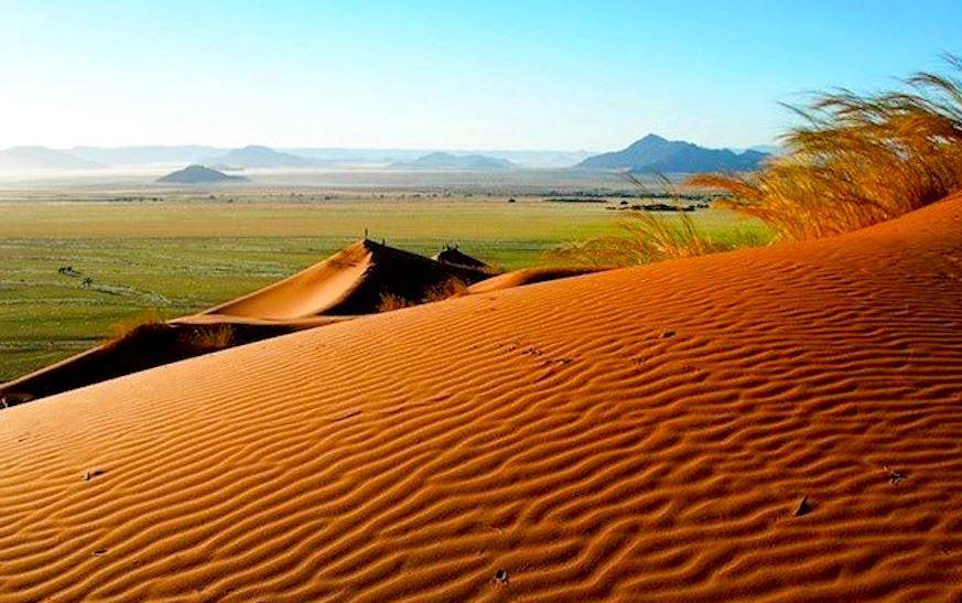 https: img.okezone.com content 2020 11 17 406 2310744 botswana-kembali-buka-pariwisata-bagi-wisatawan-mancanegara-oYIyLv0ZbO.JPG