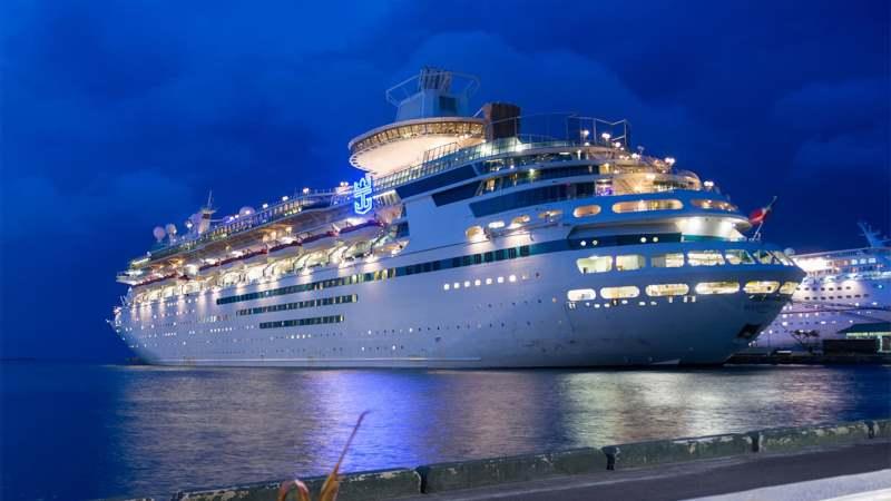 https: img.okezone.com content 2020 11 17 406 2311163 100-000-relawan-siap-jadi-penumpang-pelayaran-pertama-kapal-pesiar-di-tengah-corona-O5Sh6NVJfu.jpg