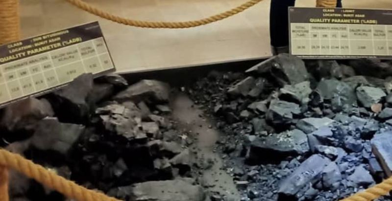 https: img.okezone.com content 2020 11 17 408 2310764 tambang-batu-bara-ombilin-dipromosikan-jadi-wisata-sejarah-di-sumbar-ZnCtvb5JyI.JPG