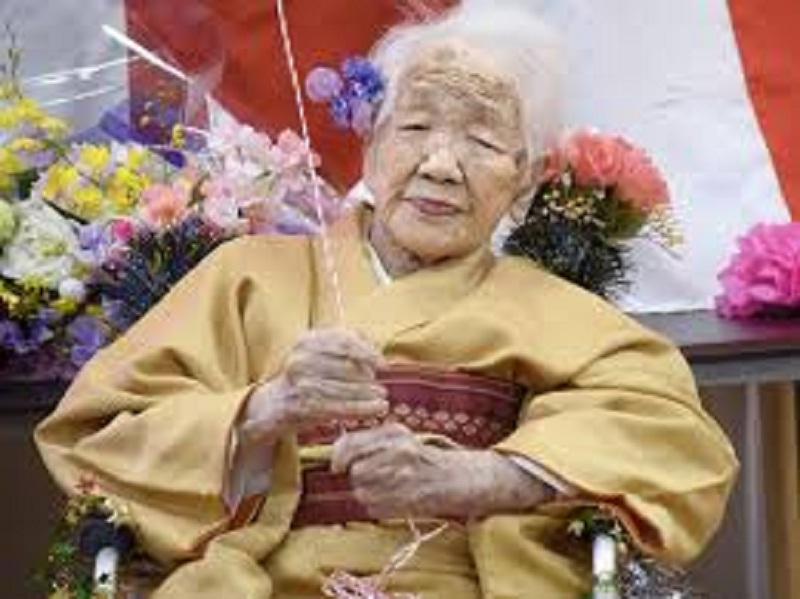 https: img.okezone.com content 2020 11 17 43 2310916 nenek-117-tahun-bakal-jadi-pembawa-obor-olimpiade-tokyo-2020-EMPN9x3ZJs.jpg