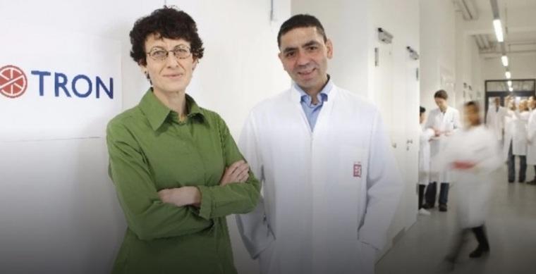https: img.okezone.com content 2020 11 17 613 2310989 kenalan-dengan-penemu-vaksin-covid-19-pasutri-muslim-dari-turki-pQgITCwCIH.jpg