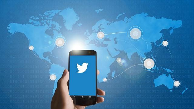 https: img.okezone.com content 2020 11 18 16 2311393 twitter-rilis-fleets-fitur-baru-mirip-instagram-stories-HWzXCiaqiL.jpg