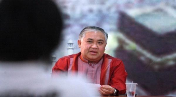 https: img.okezone.com content 2020 11 18 337 2311452 din-syamsuddin-belum-pernah-terjadi-polda-panggil-gubernur-hanya-untuk-klarifikasi-RPbmqzPKdJ.jpg