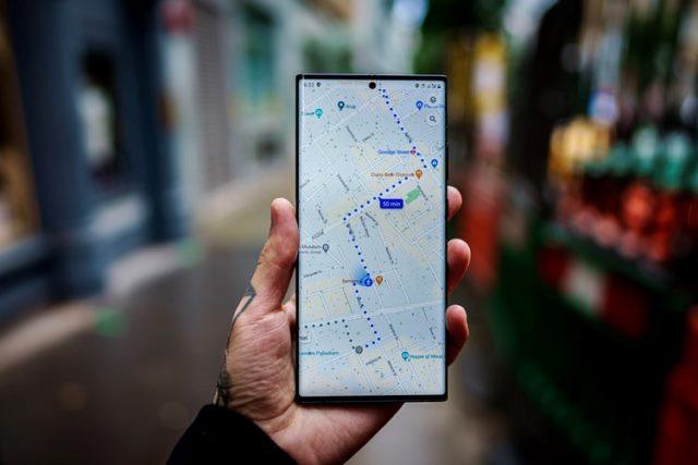 https: img.okezone.com content 2020 11 19 16 2312296 update-google-maps-beri-persebaran-covid-19-hingga-kepadatan-angkutan-umum-pOvC8jrAxj.jpg