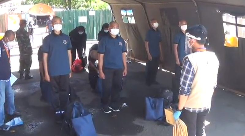 https: img.okezone.com content 2020 11 19 519 2312224 33-siswa-sekolah-pelayaran-di-surabaya-terpapar-covid-19-ryRWTQWlta.jpg