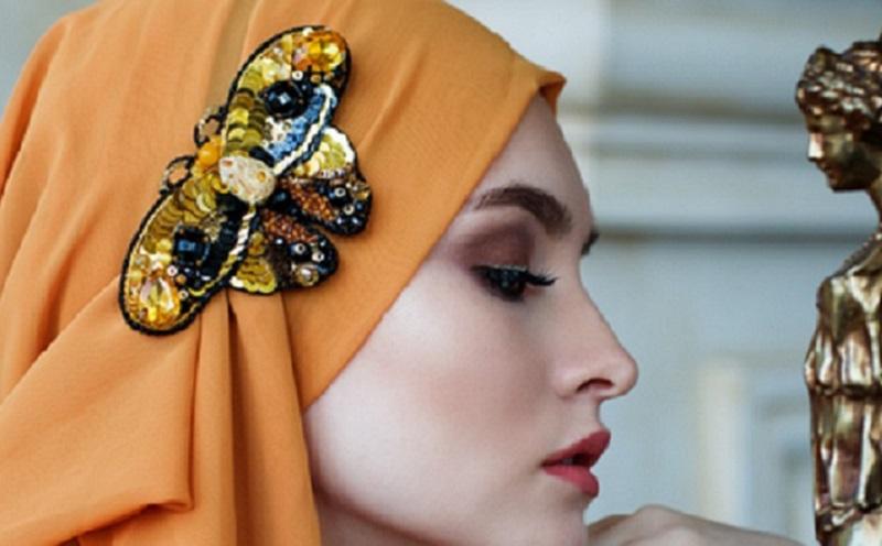 https: img.okezone.com content 2020 11 19 611 2312346 tips-agar-rambut-tak-mudah-rusak-dan-lepek-buat-hijabers-OehaTNZh0e.jpg