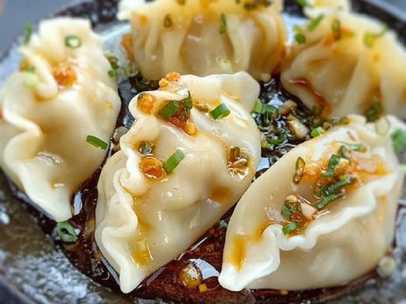 https: img.okezone.com content 2020 11 20 298 2312789 dumpling-ayam-ala-rumahan-cocok-untuk-sarapan-tkX6IHz4LE.jpg