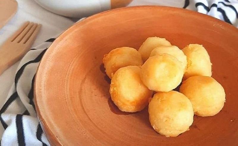 https: img.okezone.com content 2020 11 20 298 2313202 bikin-pompom-potato-ala-restoran-untuk-si-kecil-yuk-arLiciqw1Z.jpg