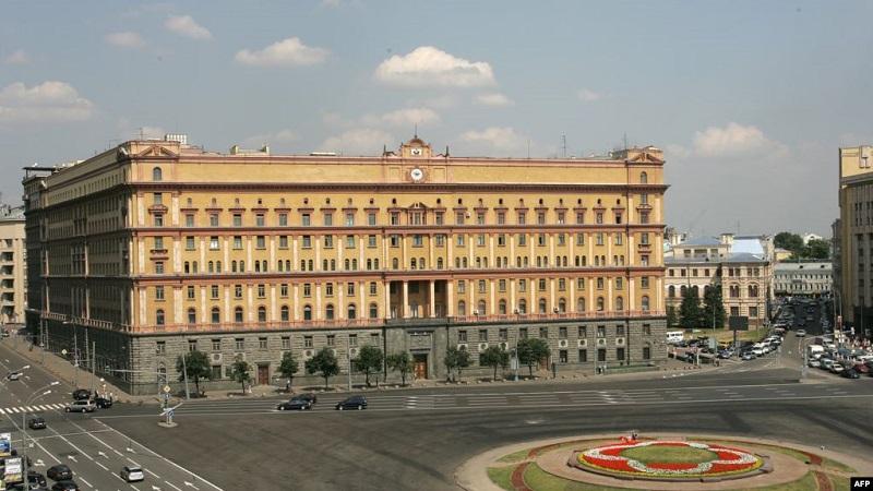 https: img.okezone.com content 2020 11 21 18 2313466 dituduh-mata-mata-as-pria-di-rusia-divonis-13-tahun-penjara-2KAY3R5QyN.jpg