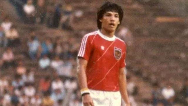 https: img.okezone.com content 2020 11 21 49 2313578 ini-jumlah-gol-ricky-yacobi-bersama-timnas-indonesia-3ZnkrhETsk.jpg