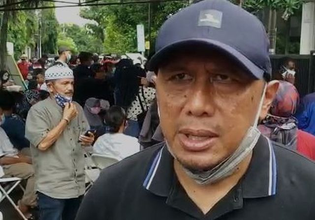 https: img.okezone.com content 2020 11 21 49 2313624 legenda-timnas-indonesia-ricky-yacobi-dalam-kenangan-rahmad-darmawan-wGxRnoCkl2.JPG