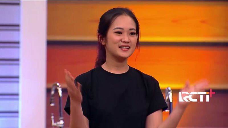 https: img.okezone.com content 2020 11 22 298 2313823 becca-kubur-mimpi-jadi-the-next-masterchef-indonsesia-aku-bangga-sampai-top-7-cD0DqRzD9P.jpg