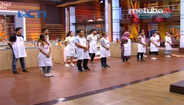 https: img.okezone.com content 2020 11 22 298 2313929 masterchef-indonesia-season-7-episode-18-mistery-box-yang-bikin-kontestan-bingung-uJtiVJFL7E.jpg