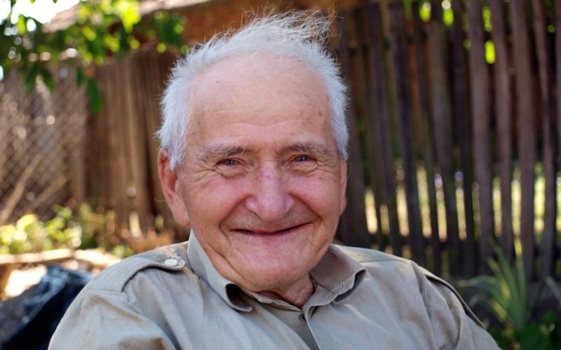 https: img.okezone.com content 2020 11 25 481 2316154 mata-dan-fungsi-saluran-cerna-jadi-penyakit-paling-sering-diderita-lansia-Zn0JSeUQd7.jpg