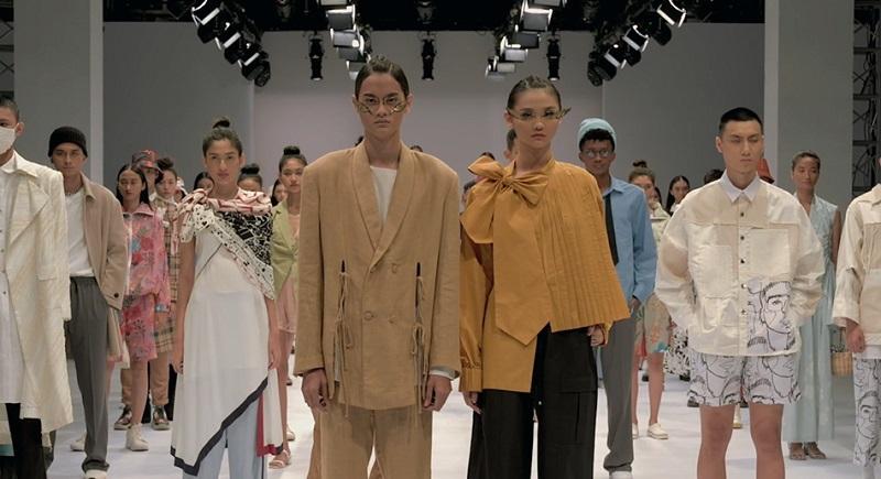 https: img.okezone.com content 2020 11 26 194 2316880 jakarta-fashion-week-2021-resmi-dimulai-mrIymWoz4W.jpg