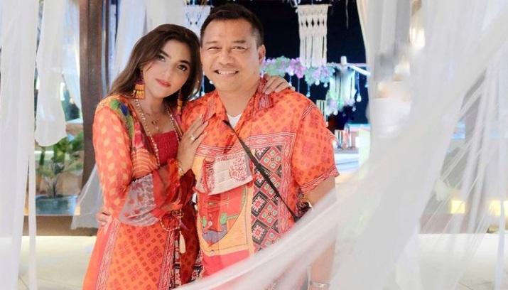 Anang Hermansyah dan Ashanty Beri Kado Sneakers Mewah ...