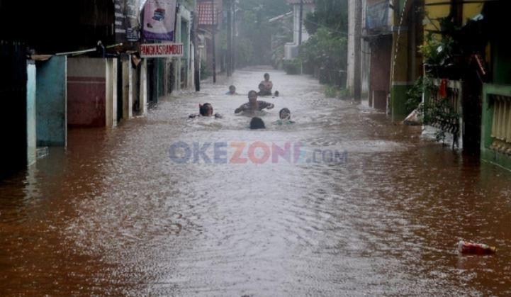 https: img.okezone.com content 2020 11 26 338 2316450 dinas-sda-dki-klaim-mampu-kendalikan-banjir-dalam-6-jam-v3aOnqyyPG.jfif