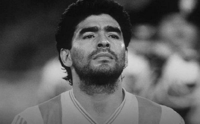 https: img.okezone.com content 2020 11 26 481 2316602 maradona-meninggal-ini-deretan-penyakit-semasa-hidupnya-UUFvK8nvZF.jpg