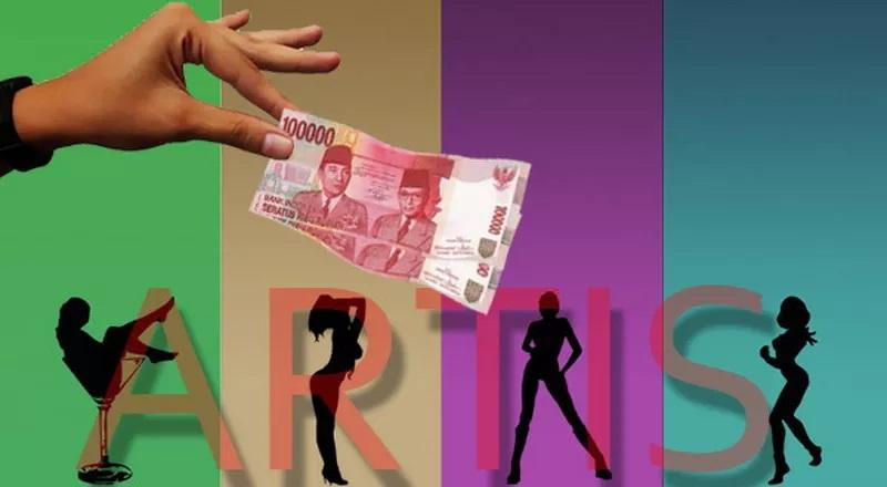https: img.okezone.com content 2020 11 27 33 2317236 polisi-ungkap-tarif-kencan-2-artis-pelaku-prostitusi-online-2iPONLaIwV.JPG