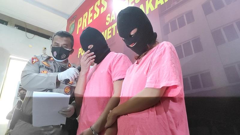 https: img.okezone.com content 2020 11 27 338 2317558 kasus-prostitusi-artis-st-dan-sh-patok-tarif-rp110-juta-dan-dp-rp60-juta-b1aJXV2xcs.jpg