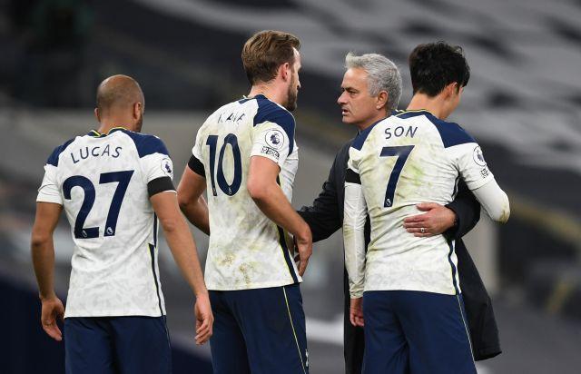 https: img.okezone.com content 2020 11 27 45 2317693 cara-mourinho-tingkatkan-skuad-tottenham-hotspur-IMZSJRGDq6.jpg