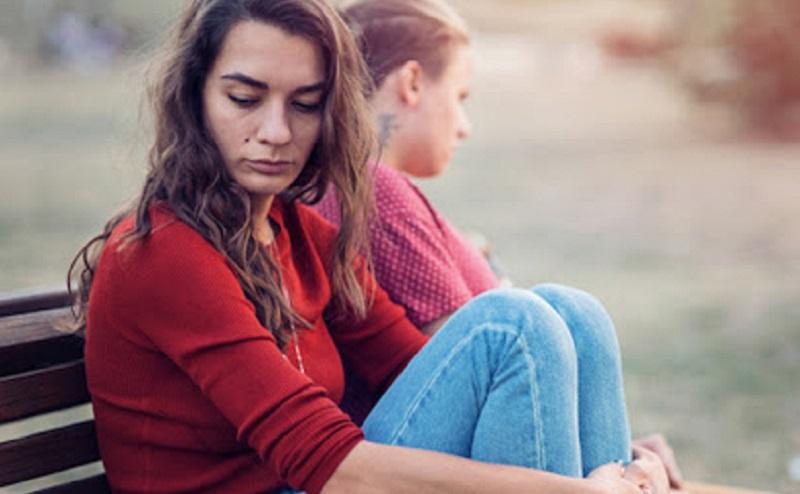 https: img.okezone.com content 2020 11 27 612 2317191 5-tanda-hubungan-cinta-sudah-jadi-toxic-dan-harus-segera-diakhiri-vtEfRWJ1SK.jpg