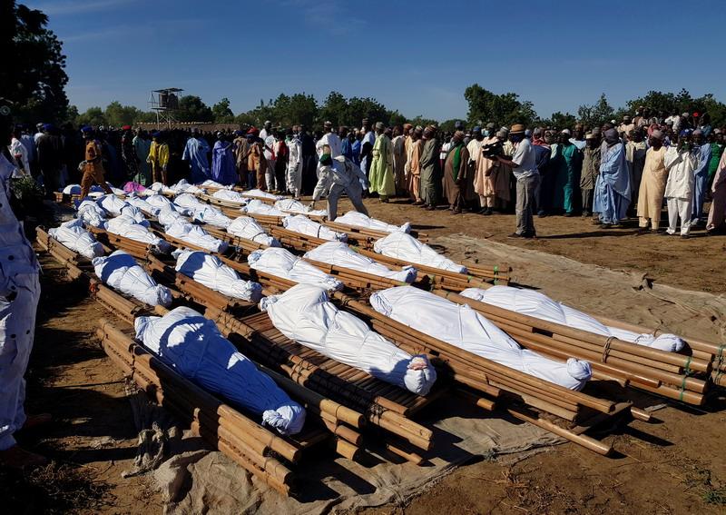 https: img.okezone.com content 2020 11 30 18 2318544 110-orang-dibantai-dalam-serangan-militan-di-nigeria-beberapa-dipenggal-dy1TEhMqCk.jpg