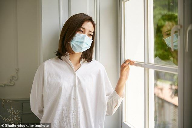 https: img.okezone.com content 2020 11 30 18 2318680 krisis-bunuh-diri-wanita-naik-83-di-jepang-Sba2WDMSjr.jpg