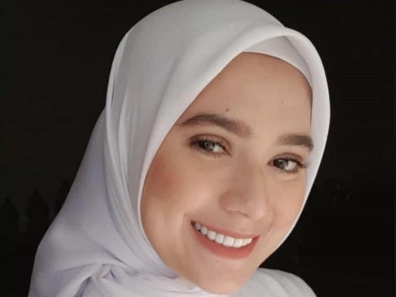 https: img.okezone.com content 2020 11 30 194 2319014 cantiknya-mayang-yudittia-berhijab-pemeran-michelle-sahabat-aldebaran-di-ikatan-cinta-WDHsUUEVvY.jpg