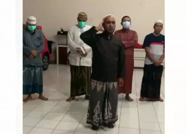 https: img.okezone.com content 2020 11 30 337 2318785 viral-video-ajakan-jihad-lewat-azan-pbnu-jangan-terprovokasi-KptN0rWKxD.jpg