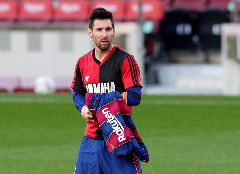 Barcelona vs Osasuna, Koeman Kaget Messi Selebrasi ala Diego Maradona :  Okezone Bola