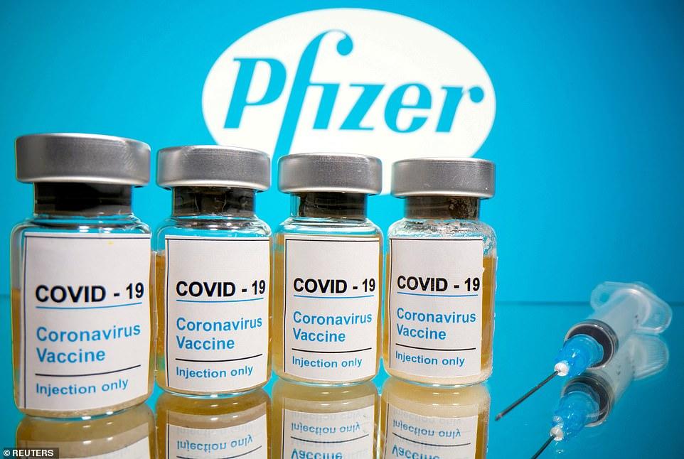 https: img.okezone.com content 2020 12 02 18 2320475 berita-palsu-tentang-vaksin-covid-19-bisa-jadi-pandemi-kedua-IYHL39AW1t.jpg