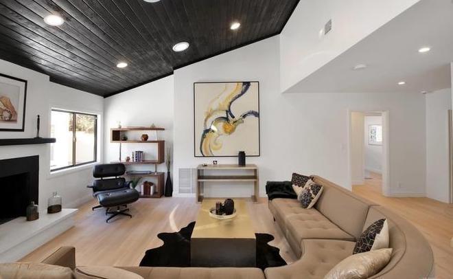 https: img.okezone.com content 2020 12 07 470 2323112 cara-mendekor-ruangan-dengan-desain-klasik-wt3o2oAmjW.jpg