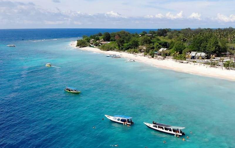 https: img.okezone.com content 2020 12 07 620 2323157 dana-hibah-pariwisata-jadi-energi-tambahan-bagi-pelaku-wisata-di-lombok-barat-sQi6J7VrAr.JPG