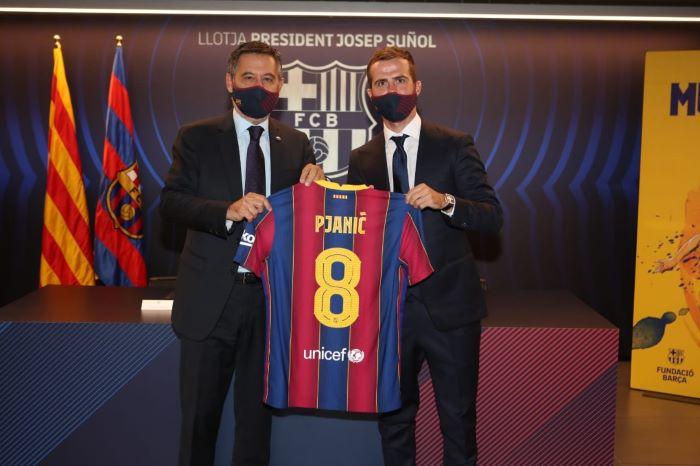 https: img.okezone.com content 2020 12 08 261 2323524 pjanic-berharap-duel-barcelona-vs-juventus-berakhir-imbang-W4j1GRwkfo.jpg