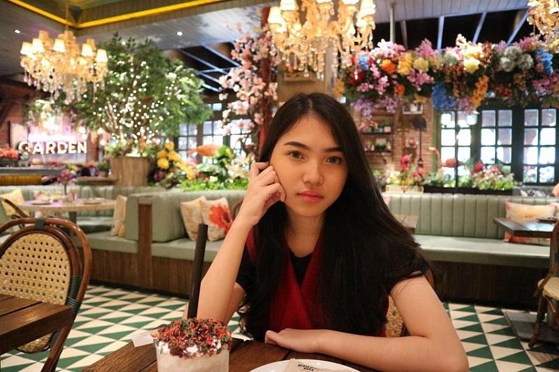 https: img.okezone.com content 2020 12 09 33 2324197 melisha-sidabutar-kontestan-indonesian-idol-meninggal-dunia-t5PFoiQz6p.jpg