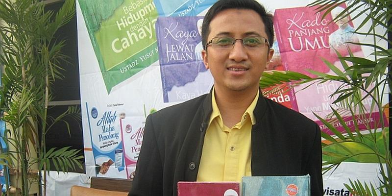 https: img.okezone.com content 2020 12 10 337 2324880 positif-covid-19-ustadz-yusuf-mansur-alhamdulillah-NqX0IU5uln.jpg
