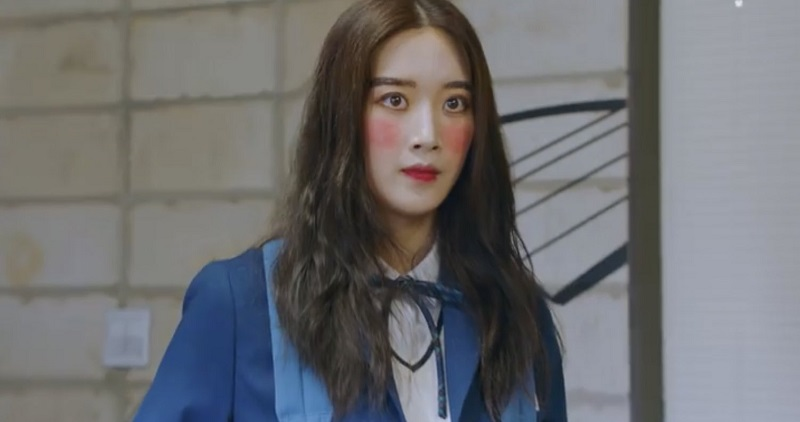 https: img.okezone.com content 2020 12 10 611 2325442 makeup-moon-ga-young-di-true-beauty-terlalu-menor-5-tips-ini-solusinya-aoDJu8CPom.jpg