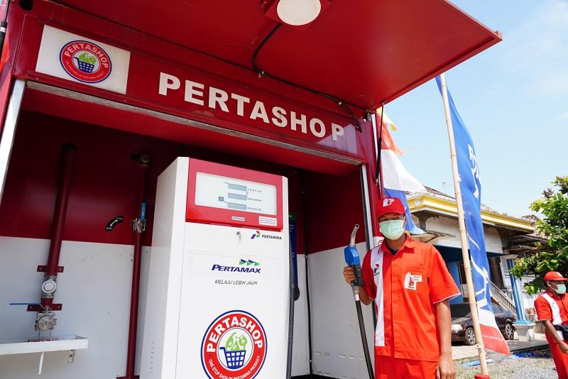 https: img.okezone.com content 2020 12 11 1 2326016 pt-pertamina-patra-niaga-hidupkan-energi-untuk-kemajuan-negeri-dalam-63-tahun-pertamina-di-indonesia-XKFYSkJHof.JPG