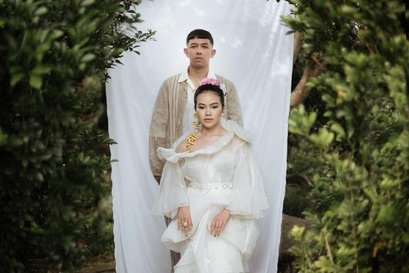https: img.okezone.com content 2020 12 11 33 2325869 intip-konsep-dan-dekorasi-venue-pernikahan-yura-yunita-DMrohZyqxm.jpg