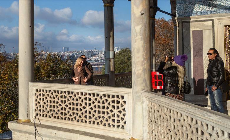 https: img.okezone.com content 2020 12 11 406 2325575 turki-lockdown-turis-asing-masih-diizinkan-berwisata-96PbH7zt0Y.JPG