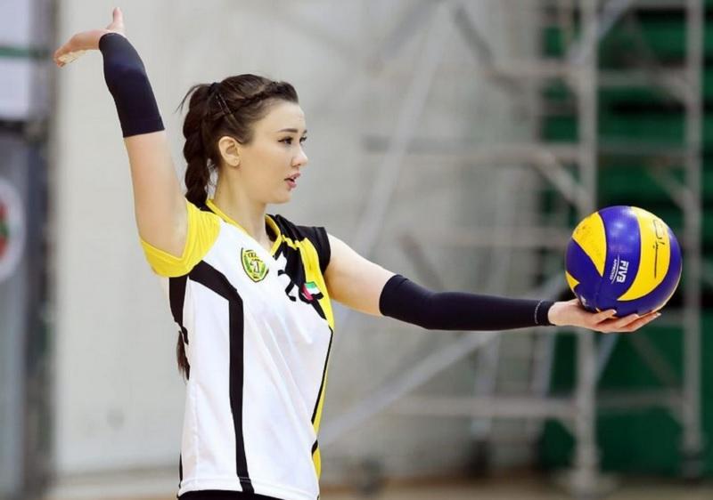 https: img.okezone.com content 2020 12 11 43 2325741 5-penampakan-sabina-altynbekova-pakai-kaus-bikin-gemes-kaum-adam-BQVdzFvkJV.jpg