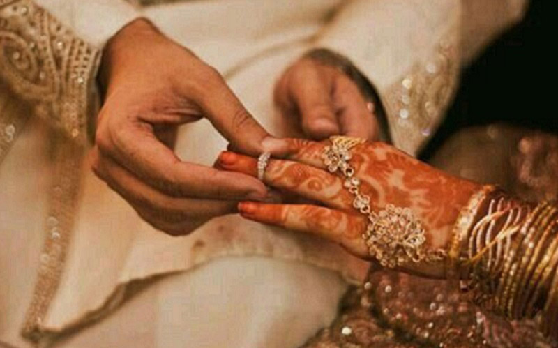 https: img.okezone.com content 2020 12 12 330 2326310 mengapa-muslimah-harus-melalui-masa-iddah-jika-ingin-menikah-kembali-O2pdJVYOWo.jpg