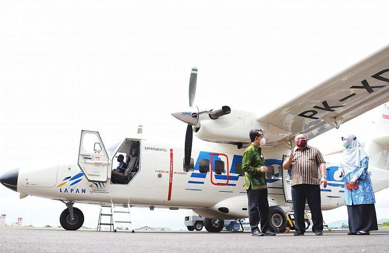 https: img.okezone.com content 2020 12 13 320 2326642 pesawat-n219-sudah-tuntas-dan-siap-uji-awal-kebangkitan-industri-dirgantara-indonesia-uEo0ajku7L.jpg
