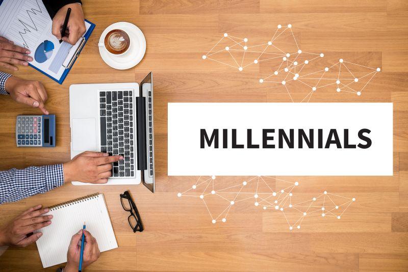 https: img.okezone.com content 2020 12 14 320 2327666 pekerja-milenial-jangan-mau-kalah-dengan-kemajuan-teknologi-2VEzm1kKIh.jpeg