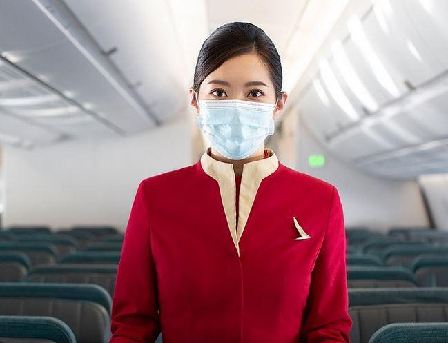 https: img.okezone.com content 2020 12 14 549 2327199 jangan-takut-corona-berikut-5-tips-traveling-aman-dengan-pesawat-WRjQDP5PVg.JPG